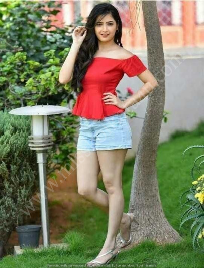 Ahmedabad Call Girl rashmi